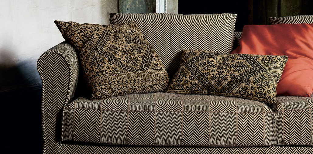 Etro textiles lantero y lantero decoracion de interiores for Telas para tapizar sillones modernos